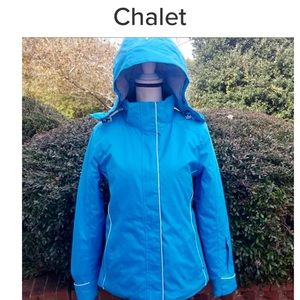 chalet ski coat with detachable hood size Small